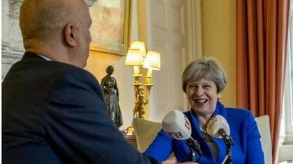Theresa May durante la entrevista en LBC radio. / PA