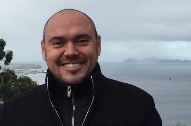Ricardo Larsen dirige la Escuela de Entrenamiento y discipulado de JCUM en Moaña, Galicia.,