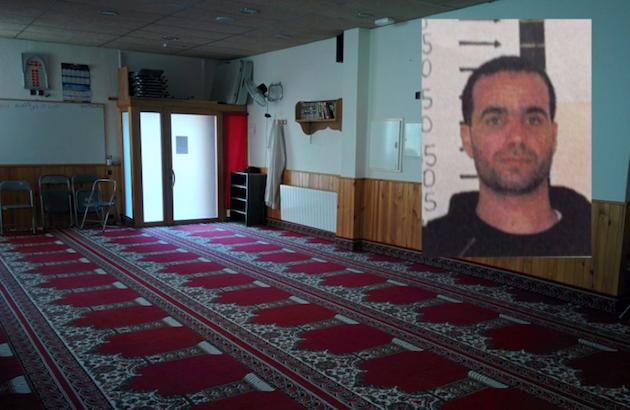 La mezquita de Ripoll y el imán Abdelbaki Es Satty, presunto líder de la célula terrorista que atentó en Cataluña. / Público,