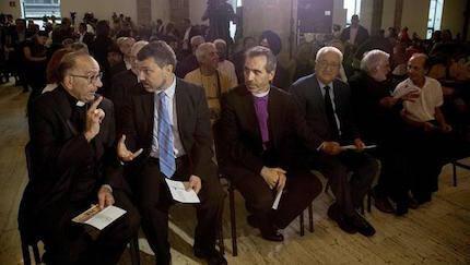 Jaume Torrado, junto a representantes de confesiones religiosas de Cataluña. / TV3
