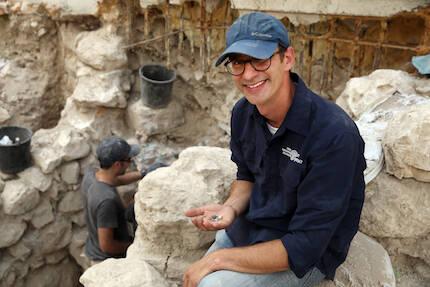 Joe Uziel, el arqueólogo encargado de la excavación en Jerusalén. / AIA