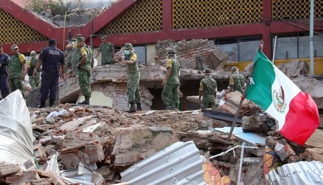 Trabajos en Oaxaca tras el temblor. / AP,