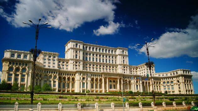 El palacio del Parlamento de Bucarest, en Rumanía. ,rumania