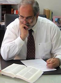 José Luis Andavert fue nombrado director de la Sociedad Bíblica de España el 1 de abril de 1986.