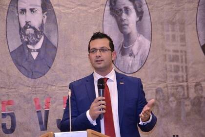 El secretario General de la VUSH, Ergest Biti.