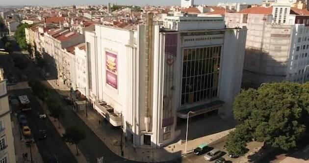 El edificio dela IURD en Portugal. / TVI 24,