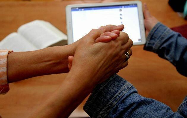 Iniciativas en internet y redes sociales son cada vez más frecuentes y exitosas en Oriente Medio. Foto: Puertas Abiertas.,