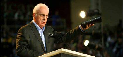 John MacArthur, el pastor de Grace Community Church (California).