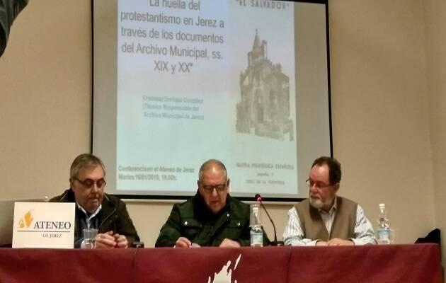 Los participantes de la conferencia. / Antonio Bonilla,
