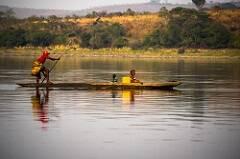 Una embarcación en el río Congo. / CIFOR (Flickr)