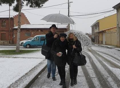 Juan Carlos Martín, Tere Cortes y Adelaide Salvado en Toral (Foto de Jacqueline Alencar)