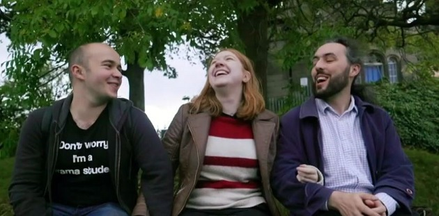 Noni y sus dos novios, en el documental emitido por la BBC. / BBC,