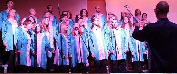 Actuación del Coro Gospel Gloria al final del día. / Red contra la trata Valencia