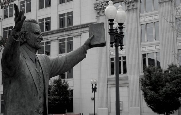 Estatua de Billy Graham en Nashville. / Duncan Holmes,