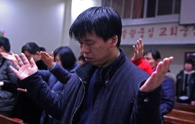 Cristianos adorando en una de las iglesias de la TSPM en la ciudad de Yanji. / Puertas Abiertas,