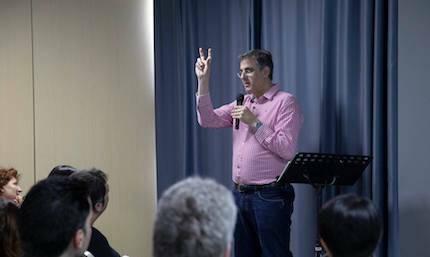 Otro de los talleres, con Michael Ramsden. / Fórum Apologética