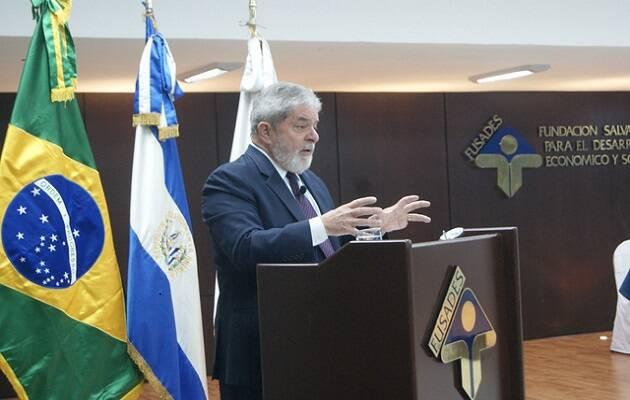 El ex-presidente, Lula da Silva, ha sido condenado y encarcelado y no es seguro que pueda presentarse a las nuevas elecciones. / Alexander Bonilla,