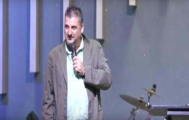 El pastor condenado, Rafael Díaz, durante una predicación. / Kairostelevision,