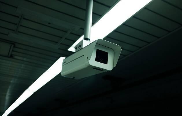 Para llevar a cabo su evaluación del comportamiento social, China cuenta con más de cien millones de cámaras de videovigilancia. / Alex Knight,