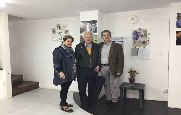 Dos de los impulsores del proyecto, Rosa Barrachina y Luis Fajardo, con Francisco Ruiz de Pablos en el centro.,