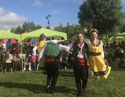Una de las diversas danzas culturales que acogió Festivalia.