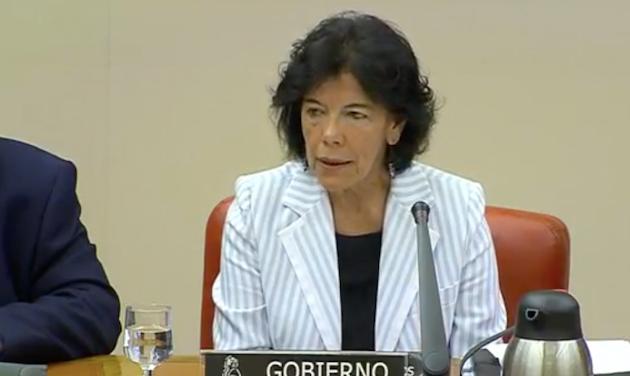 Isabel Celaá, durante su comparecencia en la Comisión de Educación. / Canal Parlamento TV,