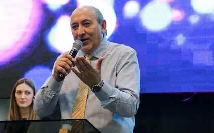 El pastor Hugo Márquez durante una predicación / facebook