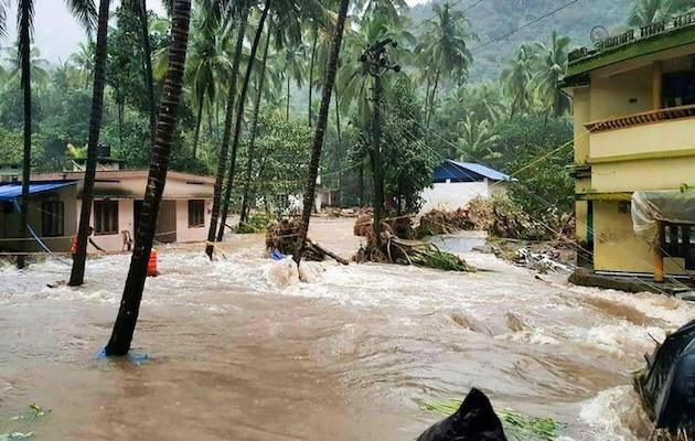 Una población inundada en Kerala. / Facebook Kerala Government,