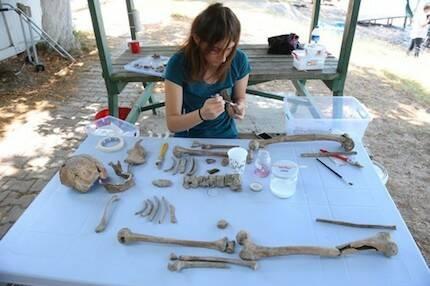 Junto a la estructura de la basílica se han encontrado objetos de valor histórico. / Daily Sabah