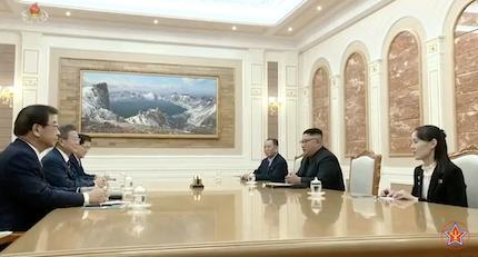 El acuerdo incluye la rebaja progresiva de ejercicios militares en las zonas fronterizas. / ChosonTV