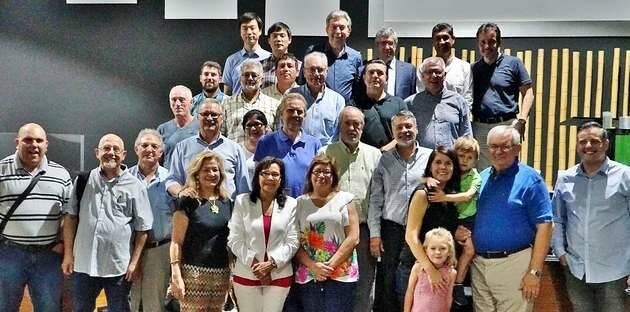 Foto de grupo de los asistentes a la presentación de FestiMadrid 2019 / Actualidad Evangélica,FestiMadrid 2019, Luis Palau