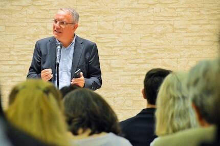 Jaume Llenas, durante su exposición cerrando el acto. / Jordi Torrents