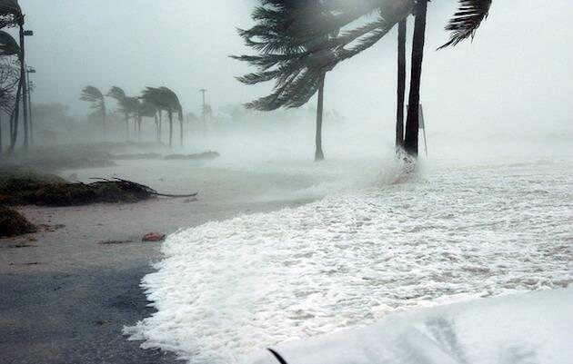 Huracán azotando las costas de Florida. / Pixabay, CC0,