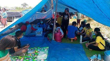 El Ejército de Salvación en Palu establece una cocina en su edificio para ofrecer alimentos cocinados / Ejército de Salvación