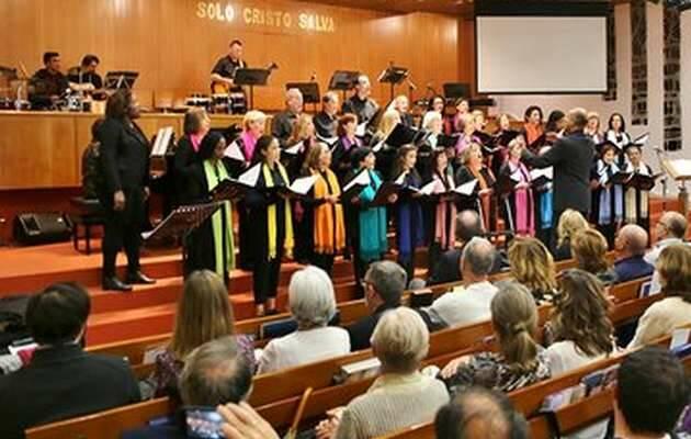 Una de las canciones del Coro Evangélico Unido de Madrid / MGaLa,Culto Reforma, Madrid protestante