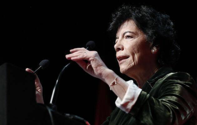 Isabel Celáa, ministra de Educación, durante una ponencia en Madrid. / MECD,
