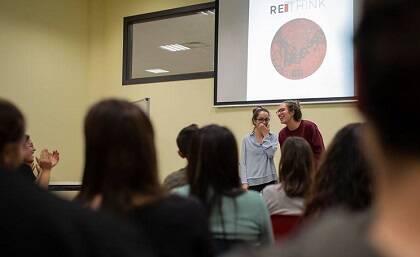 Actividad final organizada por los estudiantes de GBU Barcelona en el campus. / FRZ