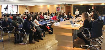 Todas las ponencias tuvieron un coloquio posterior, donde los asistentes participaron activamente con sus preguntas. / MGala, Actualidad Evangélica