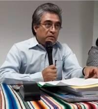 Cervantes-Ortiz en un momento de la ponencia.