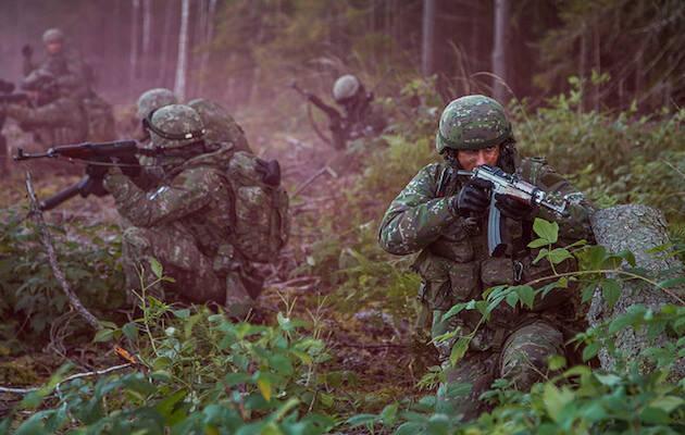 Una compañía de soldados eslovacos en una maniobra al este de Letonia en este octubre. / Nato Flickr,