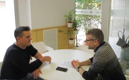 Carles Mulet y Joel Forster, durante la conversación para Protestante Digital.