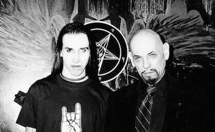Anton LaVey y Marilyn Manson son admiradores de Crowley.