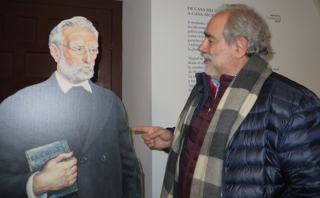 José Luis Andavert en la Casa-museo Unamuno. / J. Alencar,