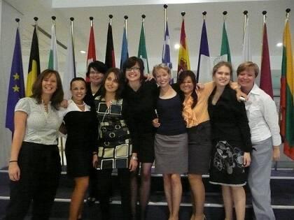Un grupo de participantes del Foro Europeo de Estudiantes en una visita al Parlamento Europeo. / EEA
