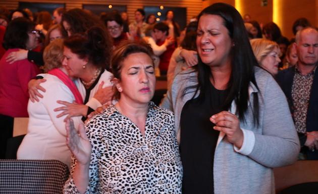 Momentos de oración en la conferencia Aglow en Toledo. / MGala,