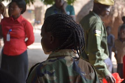 Los conflictos en países de África central son uno de los principales focos de preocupación por el reclutamiento de menores. / World Vision