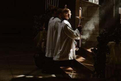 El Vaticano publicará dos documentos donde plasmará las conclusiones del encuentro para la protección de los menores. / Josh Applegate, Unsplash CC