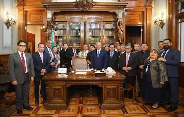 Primera reunión de Confraternice con la presidencia de la República.,