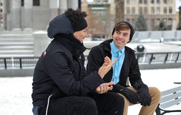 Solo el 34% de las personas entrevistadas dice conocer a un cristiano que no juzgue al escuchar. / Anna Vander Stel, Unsplash CC,