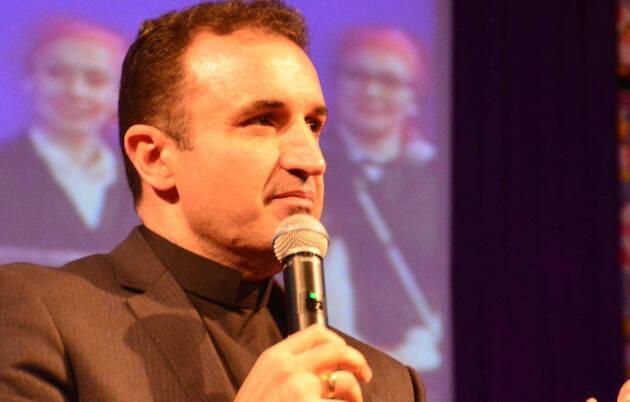 El pastor Ángel Manuel Hernández.,